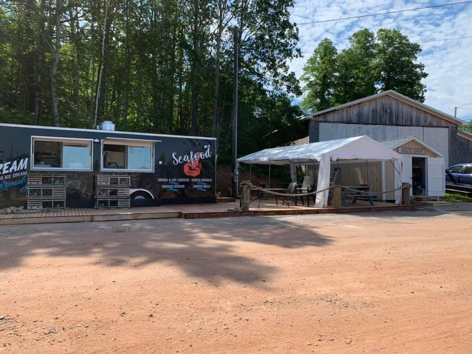 Murray River Food Truck  Seafood